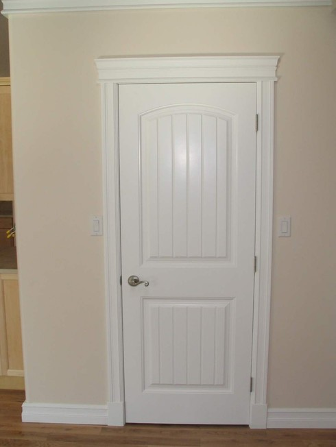 Обналичка на двери цвета