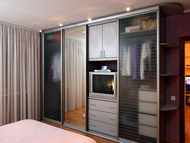 Шкафы-купе и их преимущества