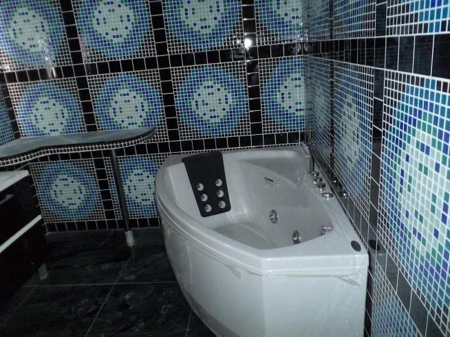 Особенности отделки стен в ванной комнате