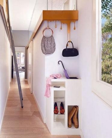 Дизайн прихожей в малогабаритной квартире: создаем комфортное пространство