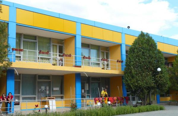 Детские лагеря в Крыму: «Артек», «Чайка», «Мандарин»
