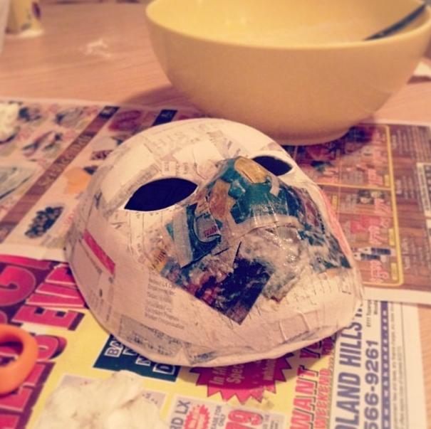 Делаем маску Человека-Паука из бумаги и ткани