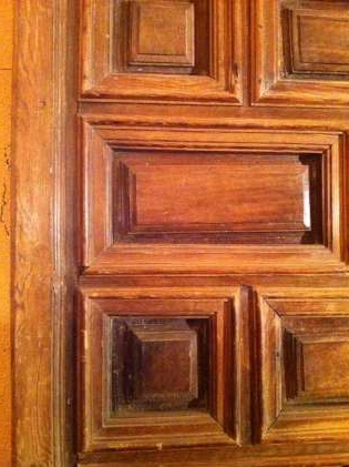 Двери филенчатые: входные и межкомнатные
