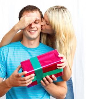 Как поздравить любимого с днем рождения? Советы и идеи