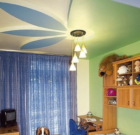 Какие установить потолки в детской комнате?