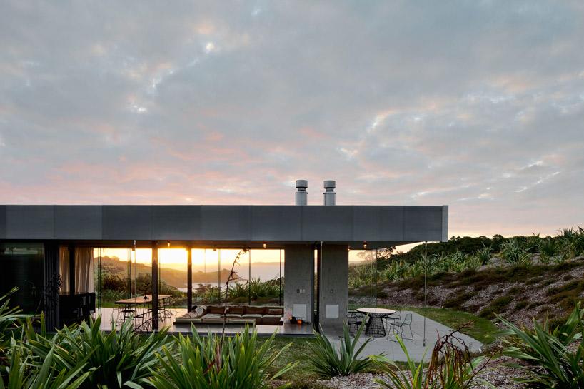 Дом-ритрит на острове