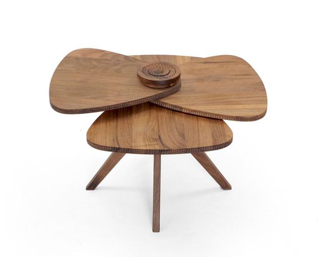 Внимание к деталям: стол-лепесток