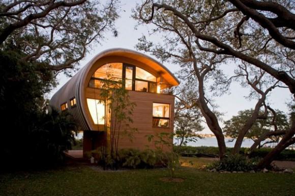 Дом с оригинальной архитектурой во<br />  Флориде