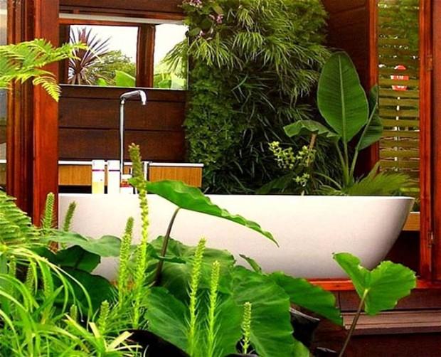 Ванна в<br />  тропическом саду