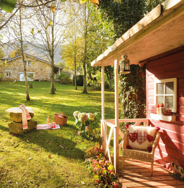 Дом с садом во Испании